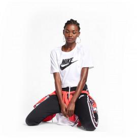 Дамска тениска с къс ръкав Nike Sportswear Essential BV6175 100 Бял